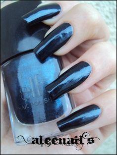 Vernis Navy Dark (#1543)  http://www.eyeslipsface.fr/produit-beaute/vernis-a-ongles