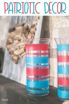 Easy Patriotic Decor using items from a thrift store of dollar store. These are perfect for Memorial Day and the of July. Diy Projects Using Old Windows, Craft Projects For Adults, Craft Activities For Kids, Kids Crafts, Homemade Crafts, Easy Diy Crafts, Easy Diy Projects, Decor Crafts, Cheap Diy Home Decor