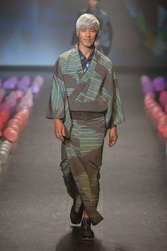 Jotaro Saito Spring/Summer 2015 - Mercedes-Benz Fashion Week Tokyo. Nice to see kimono making a comeback.