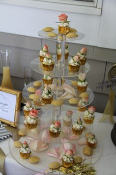 Mini Cupcakes and Tiny Madeleines by Strawberry Banke Events #strawberrybankeevents #boutiquecatering
