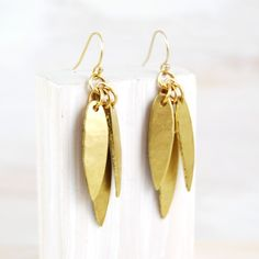 pretty gold earrings
