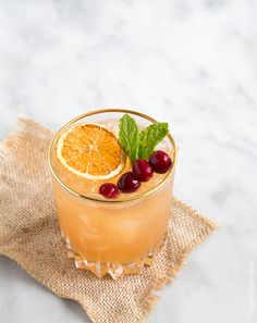 Cocktail: Cranberry Orange Bourbon