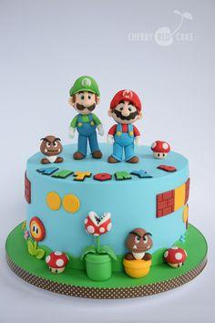 bolo do mario bros Luigi Cake, Mario Kart Cake, Mario Bros Cake, Mario Birthday Cake, Super Mario Birthday, Birthday Cupcakes, 5th Birthday, Themed Cupcakes, Bolo Do Mario