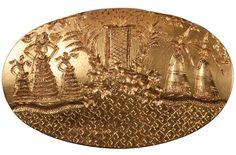 """Arany pecsétgyűrű, mükénéi területen mínoszi gyűrű (""""öt lengén öltözött női alak látható, akik a tengerparton gyűltek össze"""")"""