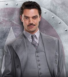 Dominic Cooper is perfect for Howard Stark. He looks so much like Robert Downey Jr.