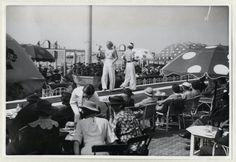 badpakkenshow bij het palacehotel scheveningen 1936