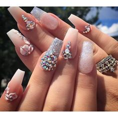 Matte nude and pink rhinestone with acrylic flowers Prom Nails, Bling Nails, 3d Nails, Swag Nails, Wedding Nails, Flower Nail Designs, Cute Nail Designs, Gorgeous Nails, Pretty Nails