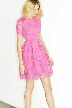 Alex Perry Resort 2014 pink lace dress and booties High Fashion Dresses, Pink Fashion, Love Fashion, 2014 Fashion Trends, 2014 Trends, Fashion Ideas, Alex Perry, Comfy Dresses, Vogue Australia