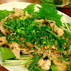 鶏肉を焼いて出汁たたいた梅干しで煮ました❗  暑いからさっぱり - 29件のもぐもぐ - 鶏肉の梅干しサッパリ煮 by joyfulcook