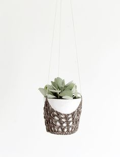 DIY Crochet Hanging Planter @themerrythought