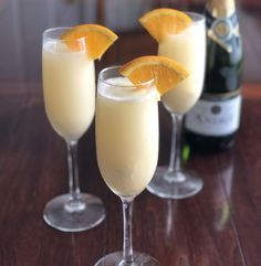 Your favorite boozy champagne cocktail just got a major upgrade. Creamisicle Mimoas are a little bit slushy, a little bit bubbly, and tastes just like the adult version of a creamsicle. Vodka Drinks, Drinks Alcohol Recipes, Cocktails, Alcoholic Beverages, Party Drinks, Cocktail Drinks, Refreshing Drinks, Yummy Drinks, Half And Half Cream
