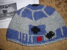 I keep finding cute knit hats that I like. I think I'm craving winter...