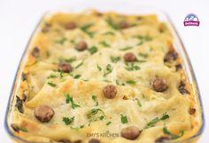 Lasagna, Mashed Potatoes, Stuffed Mushrooms, Drink, Ethnic Recipes, Food, Whipped Potatoes, Stuff Mushrooms, Beverage
