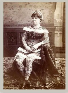 Late 19th-century tattoo performer Irene Woodward