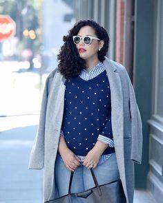 Polkadot sweater, grey coat, mixing prints via Fashion Now, Fashion 2020, Curvy Fashion, Plus Size Fashion, Fashion Dresses, Winter Fashion, Casual Chic, Casual Wear, Girl With Curves