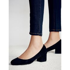Cyndi Block Heel ($138) ❤ liked on Polyvore featuring shoes, pumps, suede shoes, block heel pumps, block heel shoes, suede pumps and free people shoes