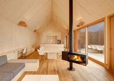 http://www.dezeen.com/2015/04/20/timber-house-rural-bavaria-germany-slatted-wooden-facade-copper-fittings-kuhnlein-architektur/