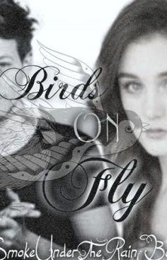 """Leer """"Birds On Fly.[First Book]»Tomlinson. » - »Sinopsis: »"""" #romance #fanfic El, segun ella un asqueroso machista leproso... Ella segun el una estupida y loca feminista... ¿Y si el machismo y el feminismo se unen para crear un nuevo concepto revolucionario? Completamente nuevo para ambos.. Amor. Pero...¿Te puedes enamorar de alguien que no te entiende y ademas esta en tu contra?"""