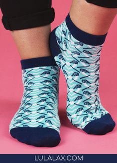 Rock your love for lax from head to toe with these adorable ankle socks for lax girls, exclusively from LuLaLax! Makes a great gift for Valentine's Day or any day! #lulalax