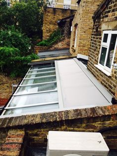 Find out how our external roof blinds can help regulate the temperature inside your conservatory along with providing privacy and glare protection. Skylight Shade, Skylight Blinds, Skylight Design, Skylights, Conservatory Roof Blinds, What Is A Conservatory, Modern Conservatory, Glass Roof Extension, Skylight Bedroom