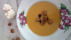 Krémová květáková polévka s mrkví Creamy Cauliflower Soup, Hunger Strike, Carrots, Pudding, Desserts, Food, Tailgate Desserts, Deserts, Custard Pudding