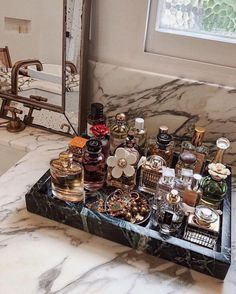 Perfume Storage Ideas and Inspiration For Karen GilbertArmario. Perfume Storage Ideas and Inspiration For Karen Gilbert Perfume Storage, Perfume Organization, Perfume Display, Perfume Tray, Home Organization, Makeup Storage Organization, Organizer Makeup, Cosmetic Storage, Organizing Ideas