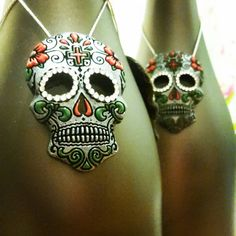 4 x high- exc string) black and silver hanging sugar skulls/ day of the dead, with red and green detail. (With clear rhinestones) Thank you for taking the time to take a peek Skull Decor, Christmas Tree Ornaments, Xmas, Halloween Trees, Metal Pins, Tree Decorations, Sugar Skull, Gothic, Handmade Items