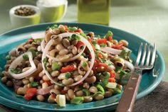Cycladic Island Salad with Black-Eyed Beans, Greece Greek Recipes, Light Recipes, Raw Food Recipes, Food Network Recipes, Cooking Recipes, Cooking Time, Healthy Salads, Healthy Cooking, Black Eyed Pea Salad