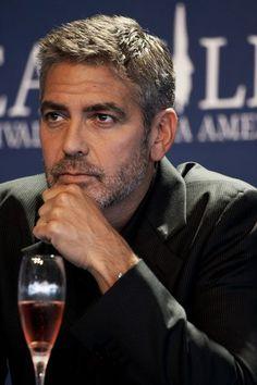 """Georges Clooney & Tilda Swinton pour le film """"Michael Clayton"""" #GeorgeClooney"""