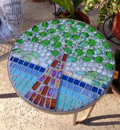 Mosaic table :)
