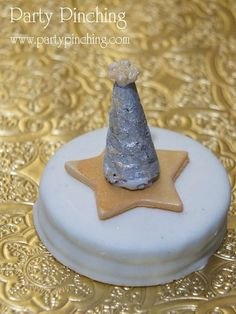 Chocolate covered Oreos at a gold New Year's party!  See more party planning ideas at CatchMyParty.com!