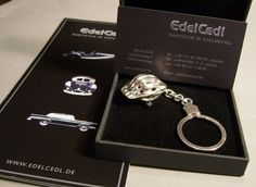 Schlüsselanhänger+Fahrradhelm+massiv+Silber+UNIKAT+von+EDELCEDL+-+Raritäten+in+Edelmetall+auf+DaWanda.com