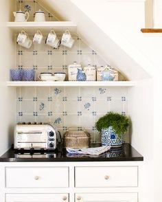 Blue & white kitchen nook