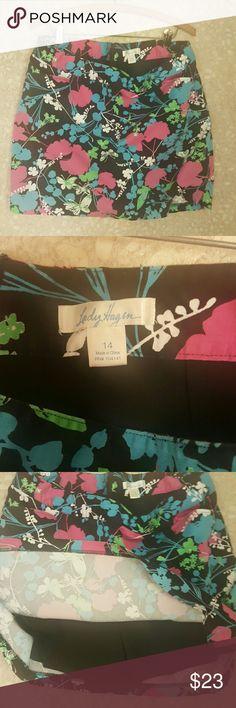 Women's golf skirt Beatiful Lady Hagen golf skort,  worn once,  great condition.. lady Hagen Skirts Midi