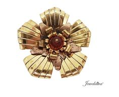 Vintage Signed Depose Fur Clip-Pin http://www.jeweldiva.com/vintage-signed-depose-fur-clip-pin.html