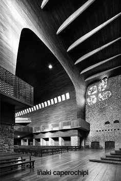 La Basilica de Arantzazu. Oñati. Pais Vasco. © Inaki Caperochipi Photography Modern Church, Sacred Architecture, Bilbao, Opera House, Spain, Texture, Black And White, Building, Places