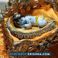 Jagannath dasi brought her amazing krsna dioramas for everyone to enjoy and they are incredible! Everyone was just loving them so much I didn't push thru till thes end sci I have a few cute packing up videos. Lord Krishna Images, Radha Krishna Images, Krishna Art, Radhe Krishna, Little Krishna, Baby Krishna, Cute Krishna, Lord Krishna Wallpapers, Radha Krishna Wallpaper