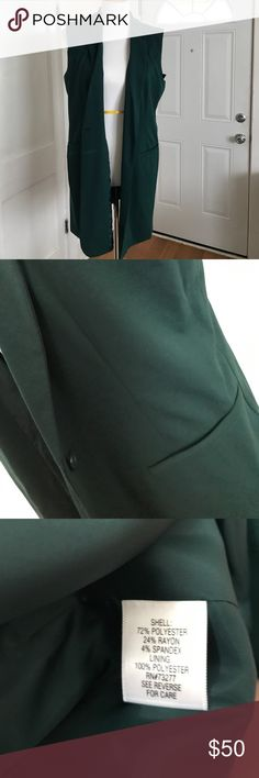Apt. 9 sleeveless knit jacket NWT. Sleeveless knit jacket from Apt. 9. Beautiful dark pine green. Faux pockets and one button closure. Size large. Extra button included. Apt. 9 Jackets & Coats Vests