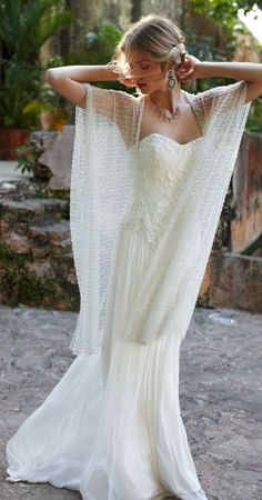 Beautiful bohemian wrap. || Stress less; get free email reminders at MyWeddingReminders.com.