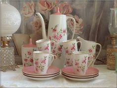 online brocante webwinkel bazaar bijzonder brocante servies en decoratie p6106331.jpg (800×600)