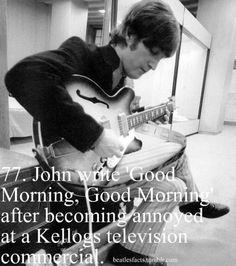 The Beatles Photo: John Lennon and his Epiphone Casino Ringo Starr, George Harrison, Paul Mccartney, John Lennon, Epiphone Casino, Famous Guitars, Les Beatles, Beatles Photos, Love Me Do