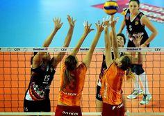 El equipo de voleibol Azeyol de la Liga de Campeones Femenino ha causado un gran revuelo entre los fans azeríes, según 1news.az.