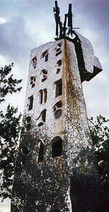 Tarot Garden, Niki de Saint Phalle  the Tower