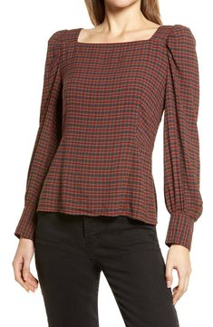 Free shipping and returns on Treasure & Bond Square Neck Top at Nordstrom.com. A feminine square neck and elegantly puffed sleeves add to the allure of this trim, tapered top.When you buy Treasure & Bond, Nordstrom will donate 2.5% of net sales to organizations that work to empower youth.