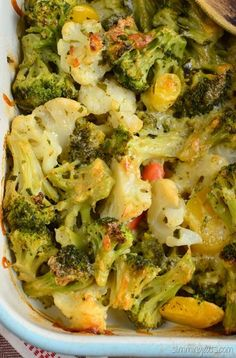 Slimming Eats Cheesy Vegetable Bake - gluten free, vegetarian, Slimming World (SP) and Weight Watchers friendl Green Vegetarian, Quick Vegetarian Meals, Vegetarian Cooking, Cooking Food, Vegan Meals, Quick Meals, Vegan Food, Cooking Recipes, Veggie Dishes
