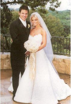 Jessica Simpson wedding dresses – Fashion and trend ideas. Where and how to buy a Jessica Simpson wedding dresses? Do discounts and sales? Change your style! Jessica Simpsons, Wedding Pics, Wedding Bells, Wedding Ideas, Wedding Reception, Wedding Stuff, Grace Kelly, Used Wedding Dresses, Wedding Gowns