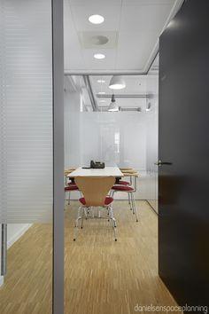 Meeting room - AON's office interior design in Copenhagen - by Danielsen Spaceplanning