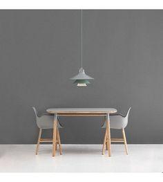 Normann Copenhagen Stoel met armleuning Form grijs kunststof eikenhout 79,8x56x52cm - wonenmetlef.nl