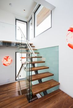 Floating Stairs modern staircase