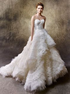 Explore HCTB's wedding dresses & bridal gowns collection at our San Diego store! Shop for designer wedding dresses from our San Diego bridal boutique today! Wedding Dress Gallery, Wedding Dress Pictures, Elegant Wedding Dress, Wedding Gowns, 2017 Wedding, Bride Look, Beautiful Gowns, Beautiful Dream, Bridal Style